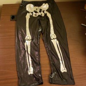 $3 with bundle! Black & Silver Skeleton Leggings